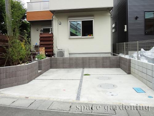 施工例画像:埼玉県三郷市 新築外構工事 シンプル 駐車場 土間コンクリート