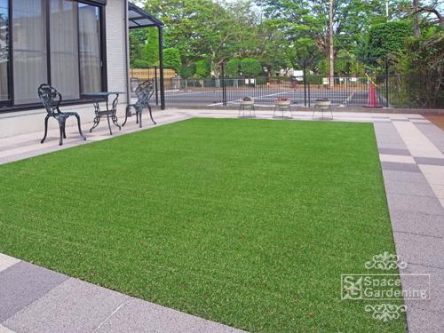 シンプルリフォーム庭 芝生 人工芝