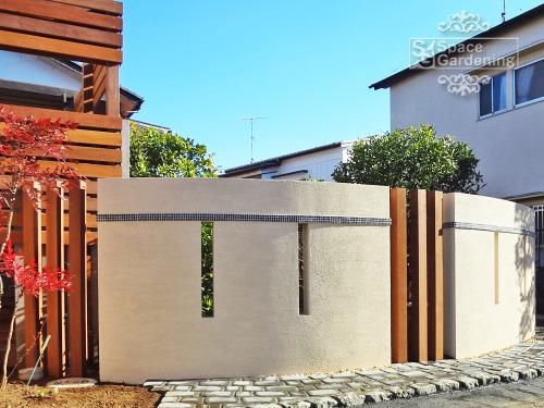 庭 目隠し 塗り壁 角柱