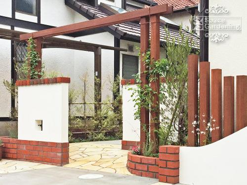 木製パーゴラ アイアンウッド 飾り壁 笠木 レンガ TOYO プリウスブリック 角柱