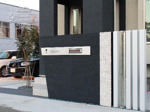 ハイクラス新築外構 門周り 門柱 角柱