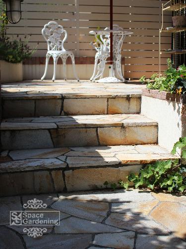 階段 石貼り シャインストーン