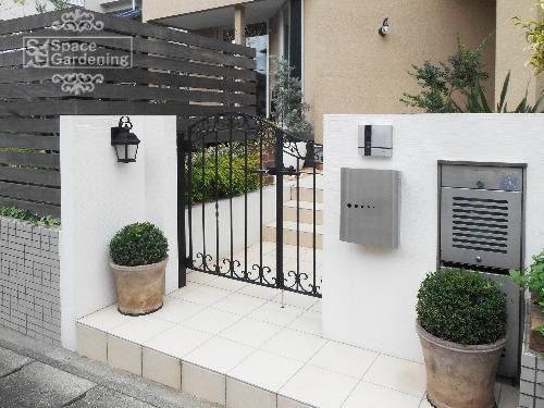 門柱 塗装 鋳物門扉 LIXIL ラフィーネ門扉4型