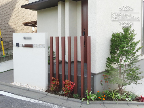 オープン新築外構 シンプル 門柱 角柱