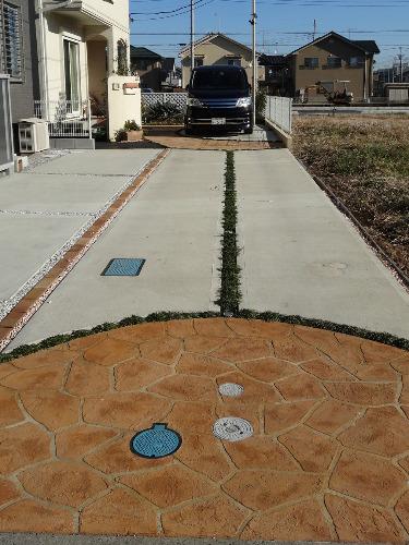 駐車場 スタンプコンクリート