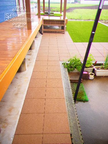 庭 アプローチ コンクリート平板