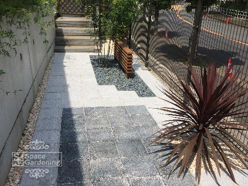 テラス コンクリート平板 シンボルツリー