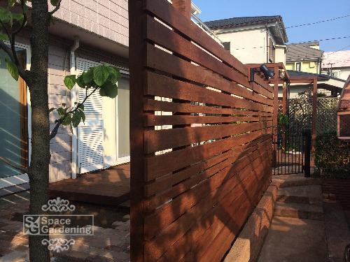 ウッドフェンス 天然木材 ウリン材 目隠しフェンス