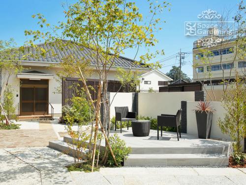 和モダン デザイン 庭 テラス ガーデンファニチャー